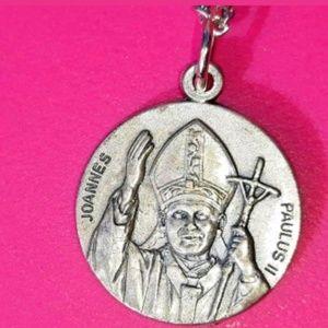1988 Joanne's Paulus II Pope John Paul Necklace K